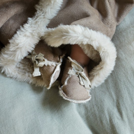 ESKIMO FLEECE SWADDLE