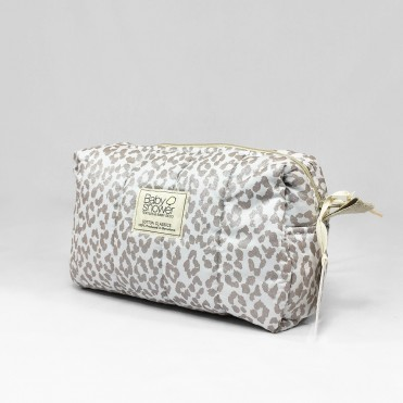 BETSY CAMILA TOILETRIES CASE