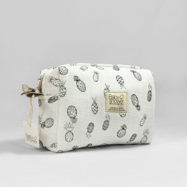 PINEAPPLE ROCK CAMILA TOILETRIES CASE