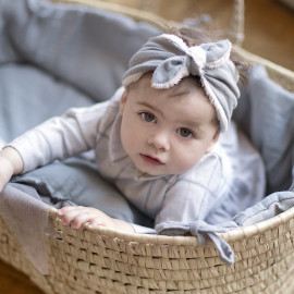 GREY POWDER MOSES BASKET