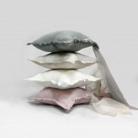 BEIGE LINEN SHOOTING STAR CUSHION