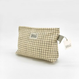 RAFFIA GRID NAPPIES POCHETTE