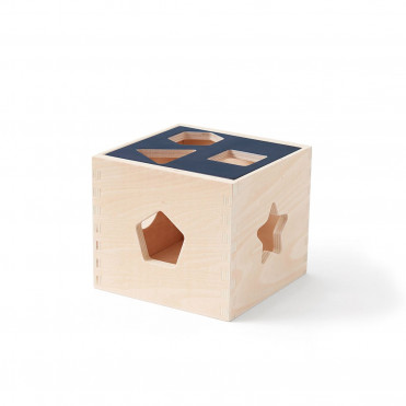 STACKABLE WOODEN CUBES