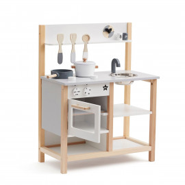 WOODEN SUPER KITCHEN
