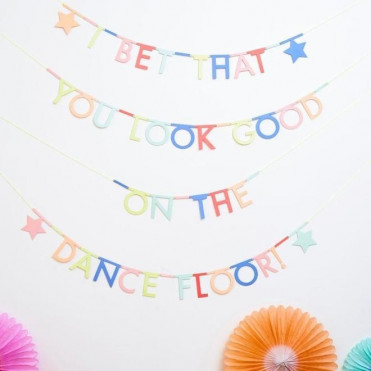 LETTERS GARLAND
