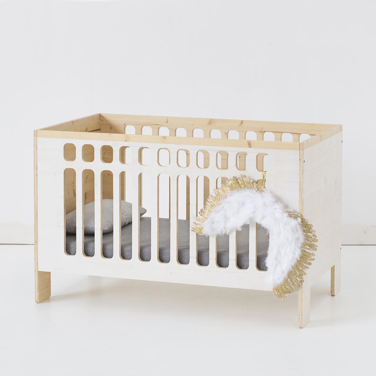 CUNA-BEBE-BABYSHOWERJo-crib-angel.jpg